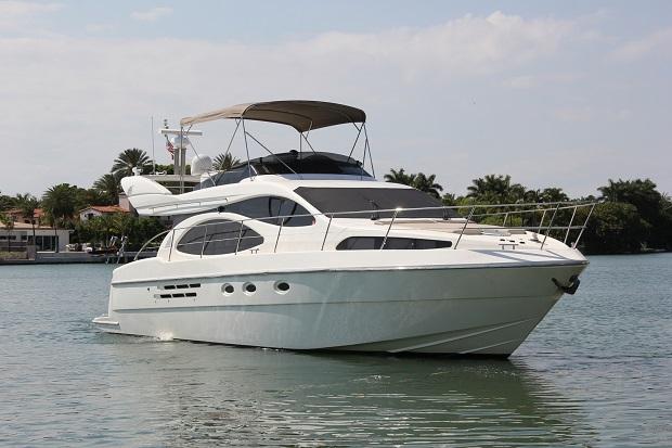 Charter Yachts Miami