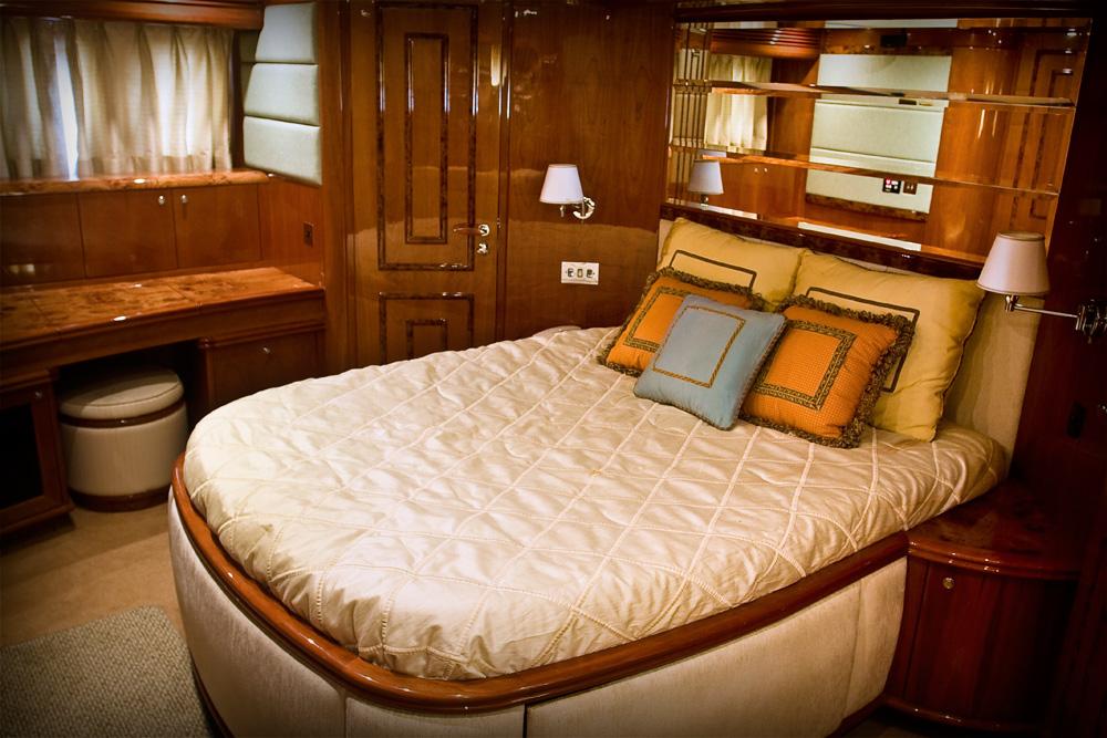 bedroom yacht miami rental