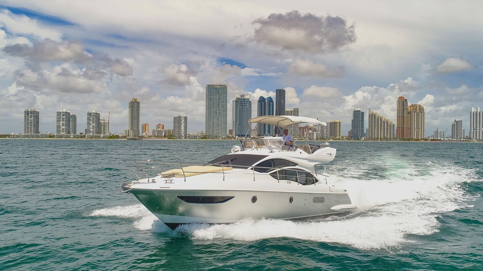 Luxury Yacht Rentals Miami
