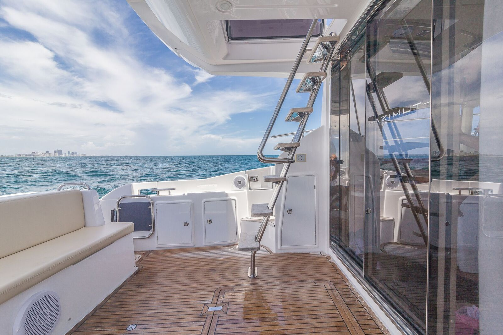 Luxury Yacht Rental Miami Azimut Flybridge Deck