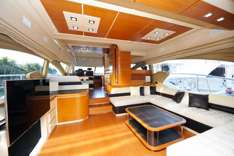 salon 70 florida luxury yacht charter
