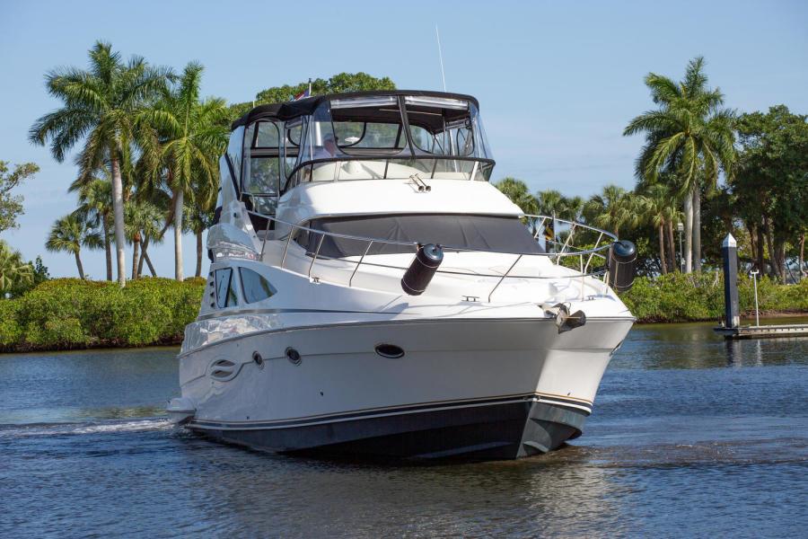 47' Silverton South Florida Yacht Charters