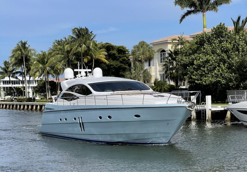 62' Pershing south florida yacht charters